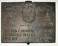 Gedenktafel Hinter der Katholischen Kirche 3 (Mitte) Alfred Bengsch.jpg