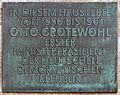 Gedenktafel Majakowskiring 46 (Nieds) Otto Grotewohl.jpg