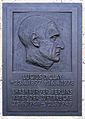 Gedenktafel Platz der Luftbrücke 5 (Templ) Lucius Dubignon Clay.JPG