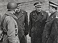 Gen. Wojciech Jaruzelski z wizytą w WSOWZmech.jpg