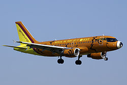 Germanwings A319 D-AKNO STR.jpg