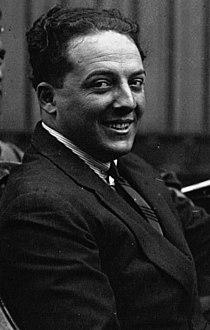 Giulio Masetti at the 1922 French Grand Prix (cropped).jpg