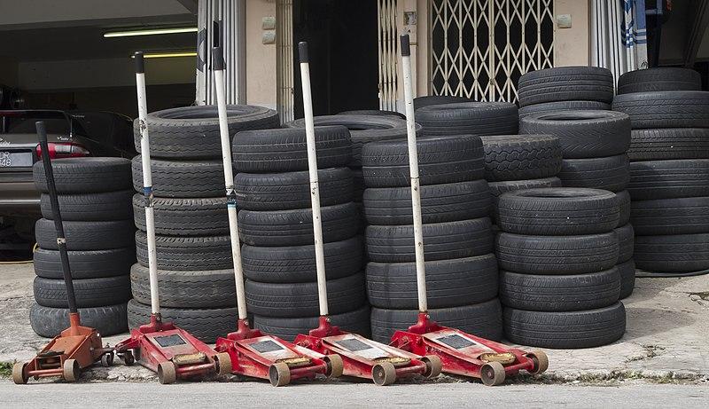 File:Gombak Malaysia Tyre-repair-shop-01.jpg