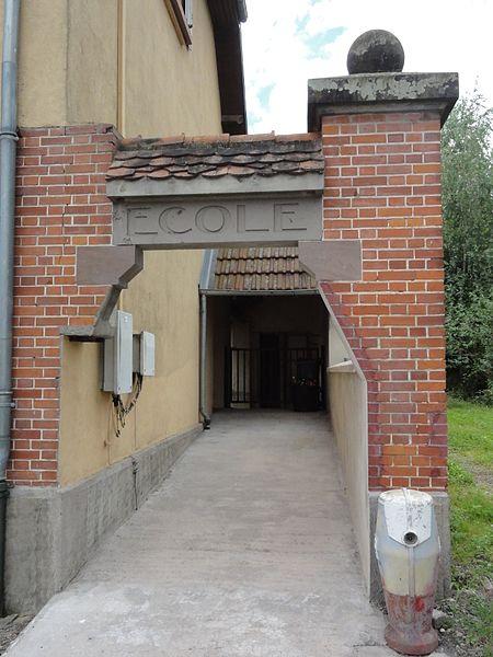 Gondrexon (M-et-M) école communale