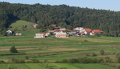 How to get to Gorenje Blato with public transit - About the place