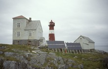 Grasøyane lighthouse in Ulstein.tif