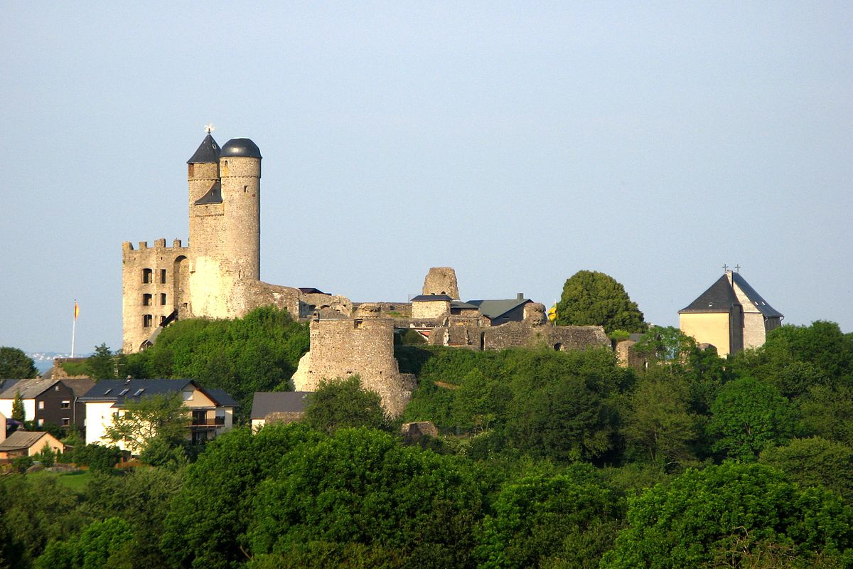 Greifenstein Castle (Hesse) - Wikipedia