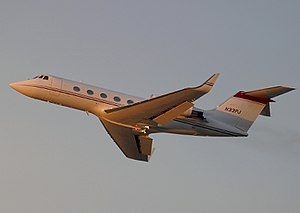 Business jet - The first large, long range jet was the Grumman Gulfstream II in 1966