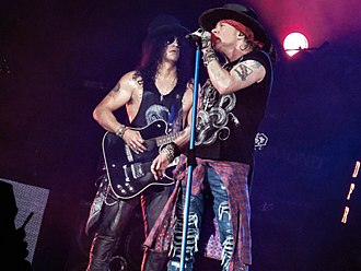 Slash (musician) - Slash and Axl Rose in 2016.