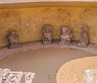 Hémicycle Saqqarah 082005.JPG