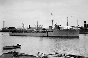 HMAS Yarra (D79) - Yarra anchored in Port Adelaide in December 1910, shortly after arriving in Australian waters