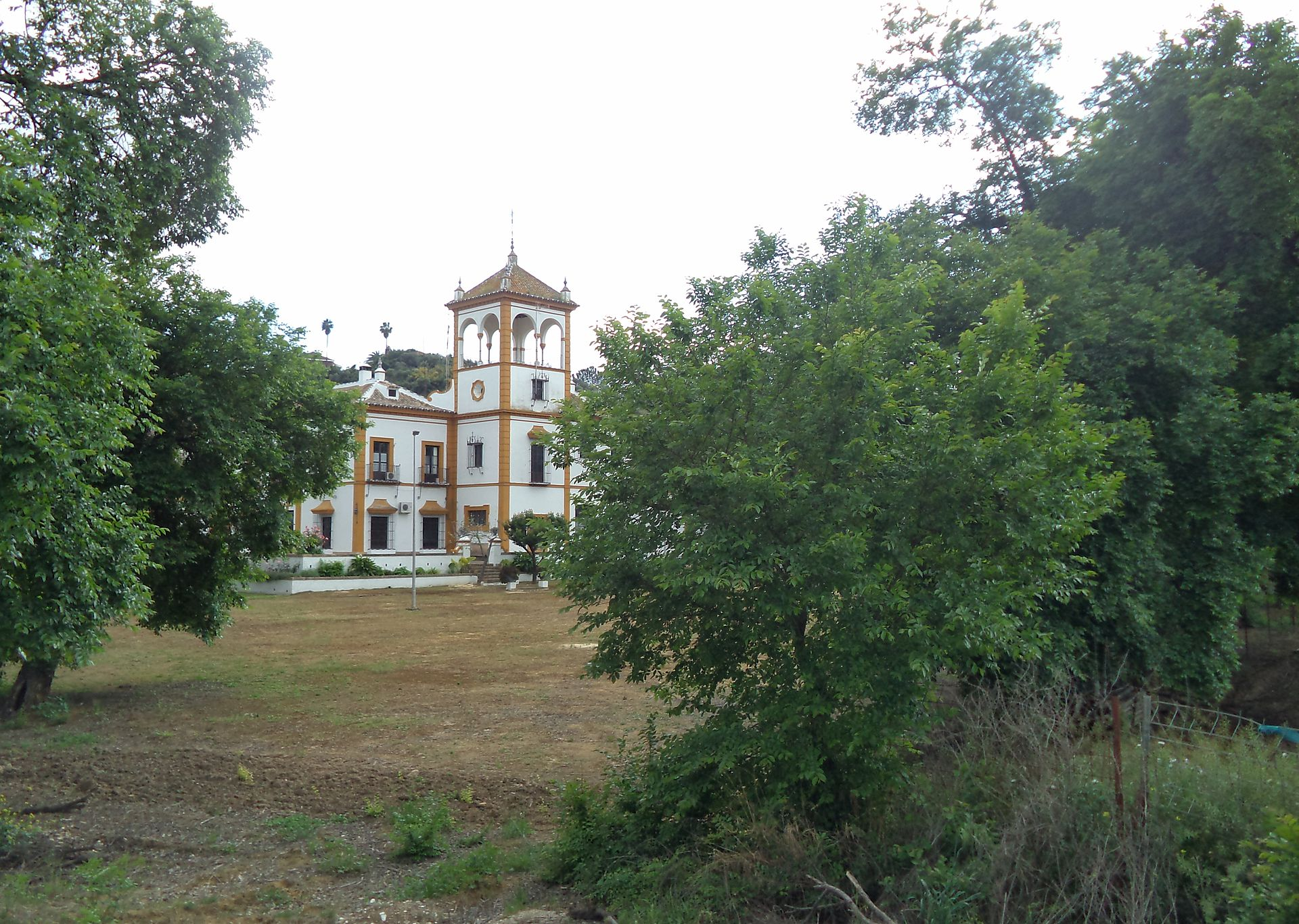 Hacienda sim n verde wikipedia la enciclopedia libre for Alquiler de casas en simon verde sevilla