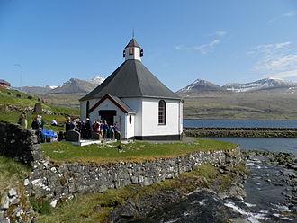Haldórsvík - Image: Haldarsvíkar Kirkja mai 2013