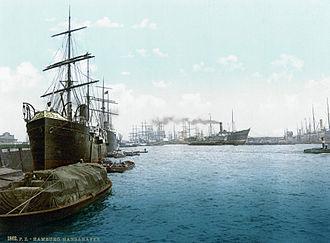 Hamburg steak - The port of Hamburg in the 1890s.