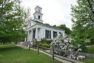Mount Carmel Congregational Church and Parish House church building in Connecticut, United States of America