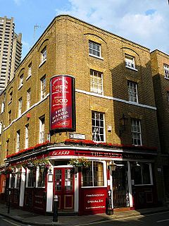 Hand and Shears pub in Farringdon, London