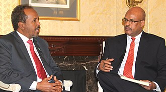 Hassan Sheikh Mohamud - President Mohamud speaking with journalist Abdirahman Yabarow.
