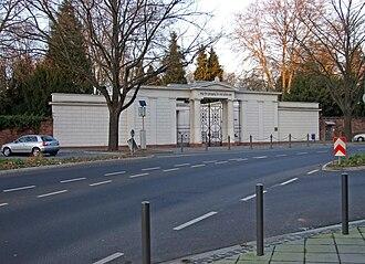 Old Jewish Cemetery, Frankfurt - Main portal of the Old Jewish Cemetery