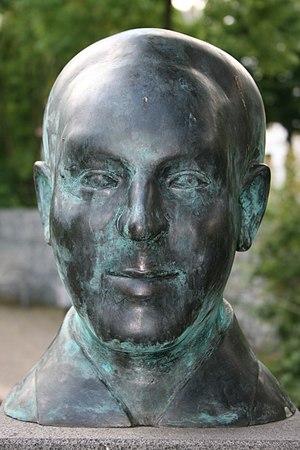 Hein Heckroth - A bust of Hein Heckroth
