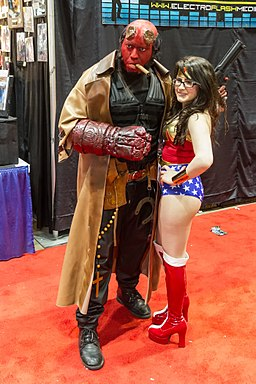 Hellboy and Wonderwoman Cosplay C2E2 2014 (14047918289)