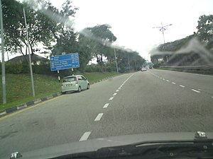 Malaysia Federal Route 1 - The first distance signboard encountered along the Federal Route 1 from its Kilometre Zero at Johor Bahru, Johor