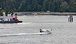 Hidroavión aterrizando en Vancouver, Canadá, 2017-08-14, DD 36.jpg