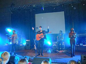 Orans - Image: Hillsong Live Australia, Zagreb 1