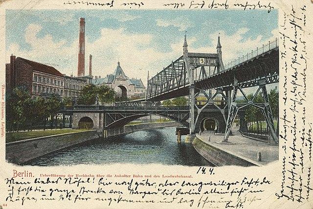 Hochbahnbrücke Landwehrkanal à Berlin vers 1900.