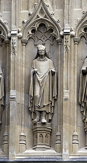 Hubert Walter - Statue of Hubert Walter from the exterior of Canterbury Cathedral