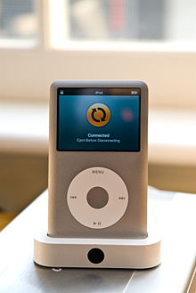 IPod classic in dock.jpg