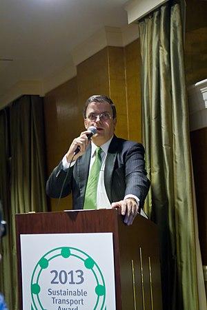 Sustainable Transport Award - Mexico City Mayor Marcelo Ebrard accepts the 2013 Sustainable Transport Award