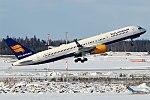 Icelandair, TF-ISF, Boeing 757-223 (25766956257).jpg