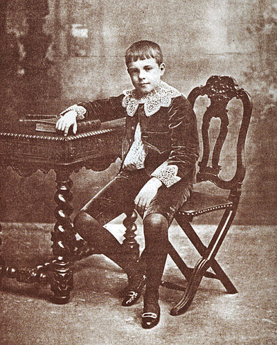 Infante D. Manuel, Duke of Beja, c. 1901, around age 12 Infante D Manuel.jpg