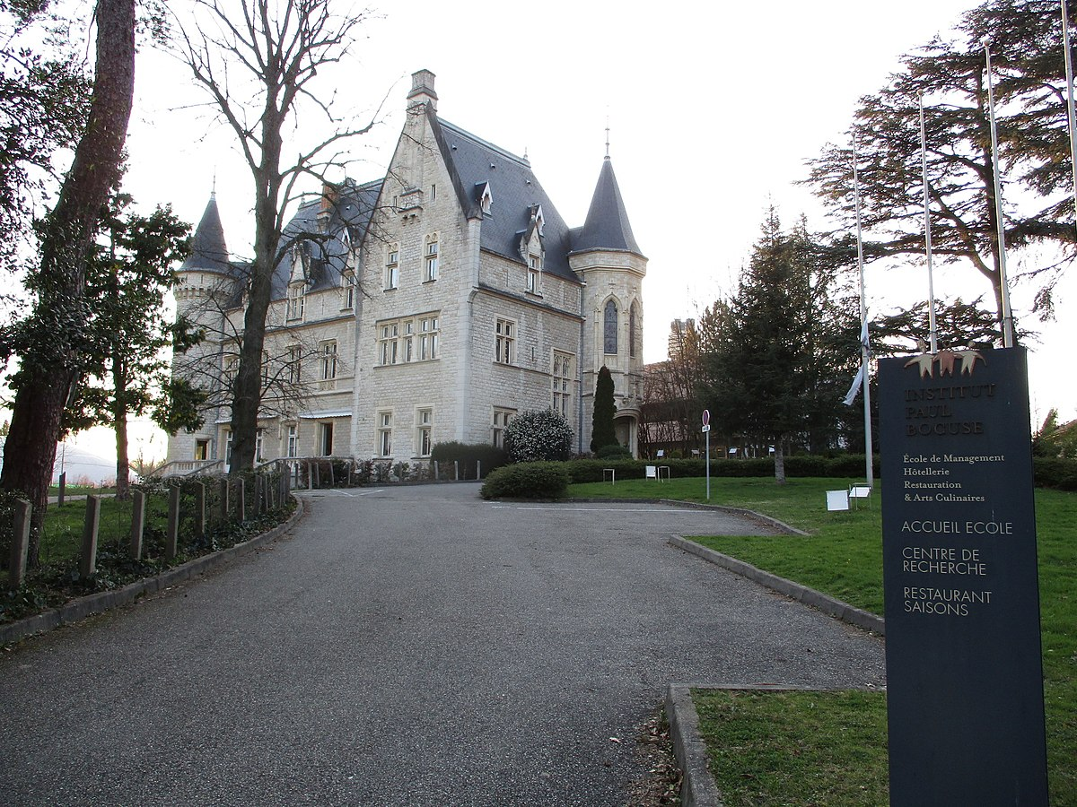 Institut paul bocuse wikip dia for Cuisinier lyonnais