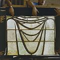 Interieur. Detail glas-in-loodraam van Toorop bij glasatelier Wiegen, Nijmegen - Nijmegen - 20337452 - RCE.jpg