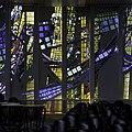 Interieur kerkzaal, deel van glaswand aan de zuidzijde - Heemstede - 20429467 - RCE.jpg