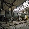 Interieur overzicht remise en werkplaats met locomotief - Goes - 20344625 - RCE.jpg