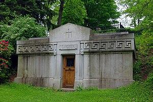 Isabella Stewart Gardner - Gardner family tomb, Mount Auburn Cemetery