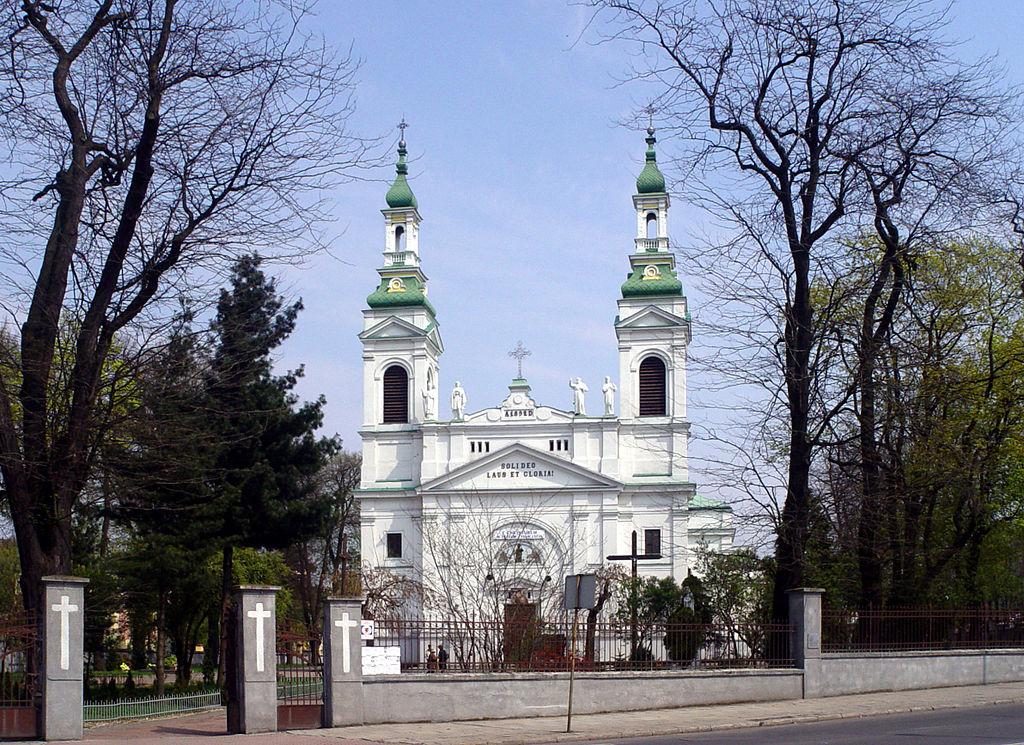 Tomaszów Mazowiecki: kościół św. Antoniego w centrum miasta