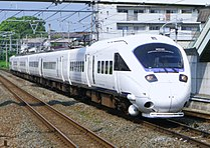 JR Kyushu 885 series SM9 20100822.jpg