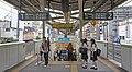 JR Yamanote-Line Komagome Station Platform.jpg