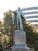 Juarez statue.JPG