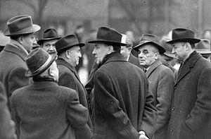Béla Biszku - Communist politicians in 1960, including Biszku (right) and Kádár (middle)