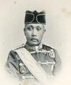 KITLV - 80273 - Kleingrothe, C.J. - Medan - Ma'amoen al Rashid Perkasa Alam Shah, Sultan of Deli - 1898.tif