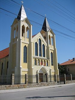 Kaloyanovo-Plovdiv-district-church.jpg
