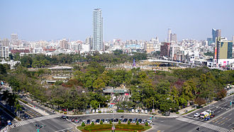 Qianjin District, Kaohsiung - Image: Kaohsiung Central Park 01
