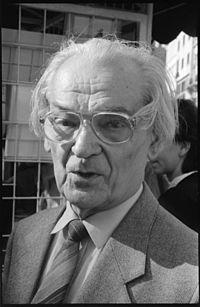 Keresztury Dezső (1988).jpg