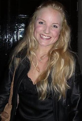 Kerry Ellis - Kerry Ellis outside the stage door of Apollo Victoria Theatre