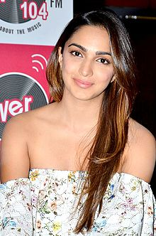 Kiara Advani in promotion of 'M.S. Dhoni (01).jpg