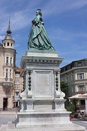 Klagenfurt_-_Neuer_Platz_-_Maria_Theresia2.JPG